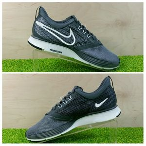 NEW Nike Zoom Strike Shoes Sneakers Dark Grey